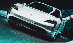 5 Automotive Predictions for 2021 - Dealer Teamwork
